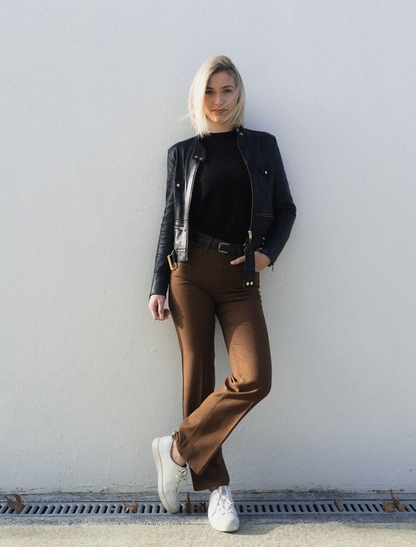 dane wetton ZeRCwfh8l M unsplash - Barrel leg jeans