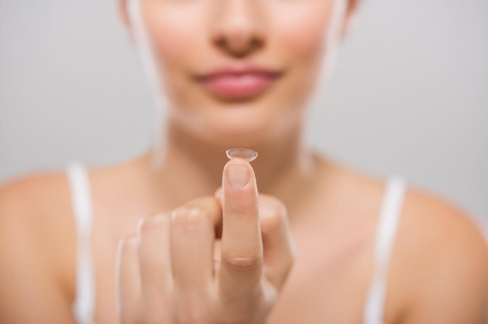 kontaktlinsen muenchen kontaktlinsenstudio 03 scaled - kontaktlinsen
