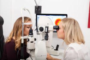 kontaktlinsenanpassung in muenchen 300x200 - Nachbestellungen - Kontakt