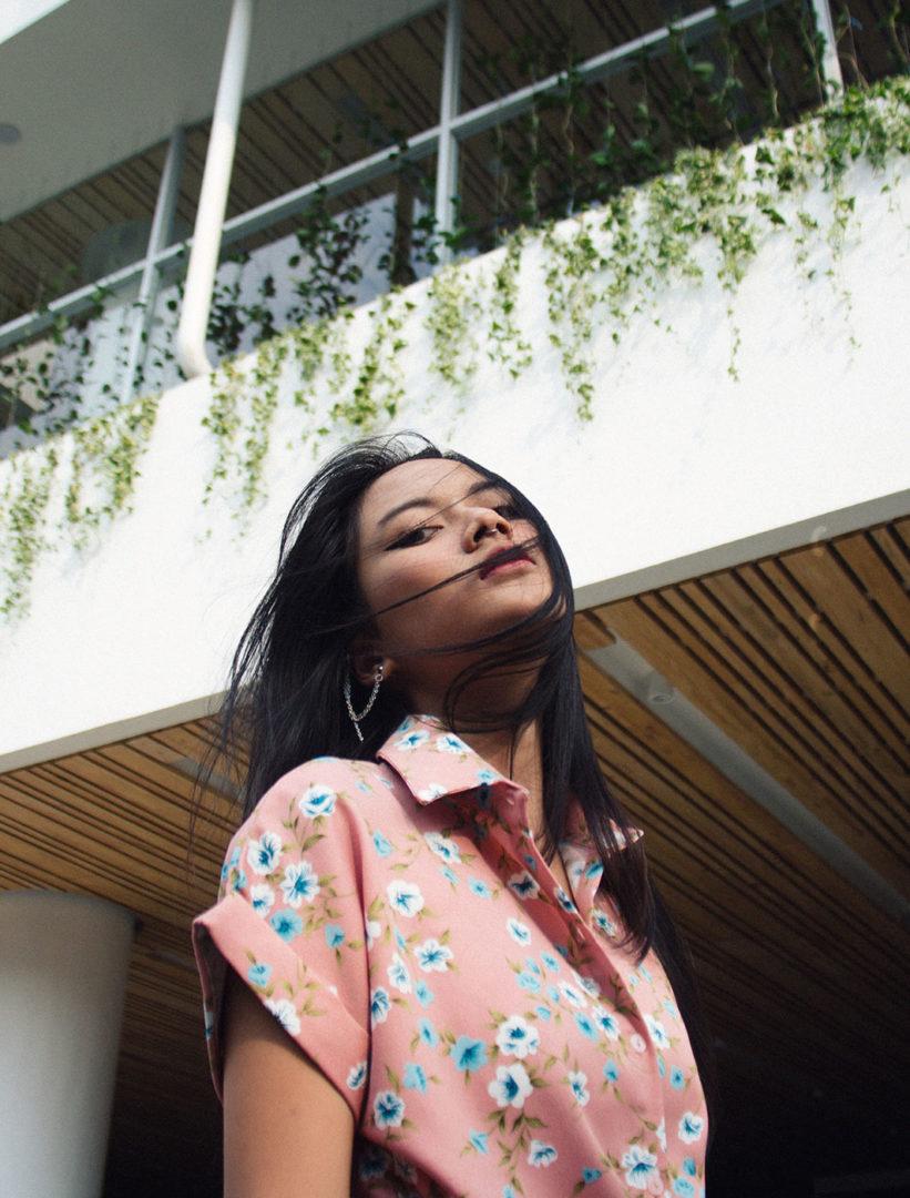 riki 5y2ugyHmltM unsplash - Flower shirt
